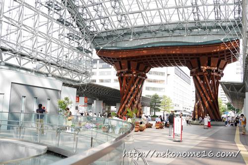 金沢駅鼓門ともてなしドーム